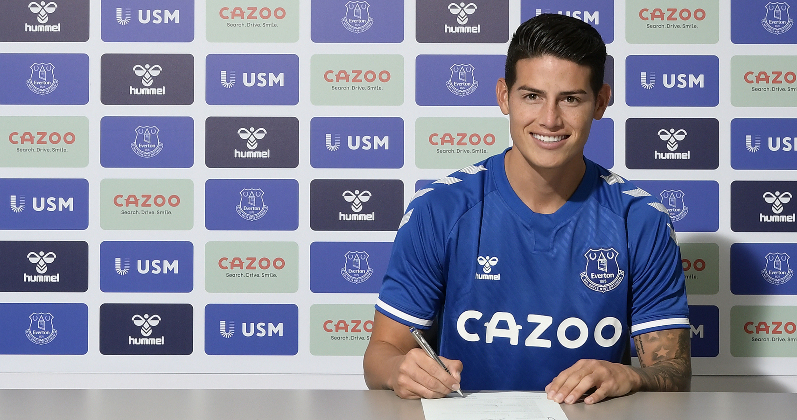 Everton Complete Signing Of James Rodriguez